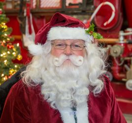 Santa photos at the Canadian Fire Fighters Museum in Port Hope Ontario by Alana Lee Photography