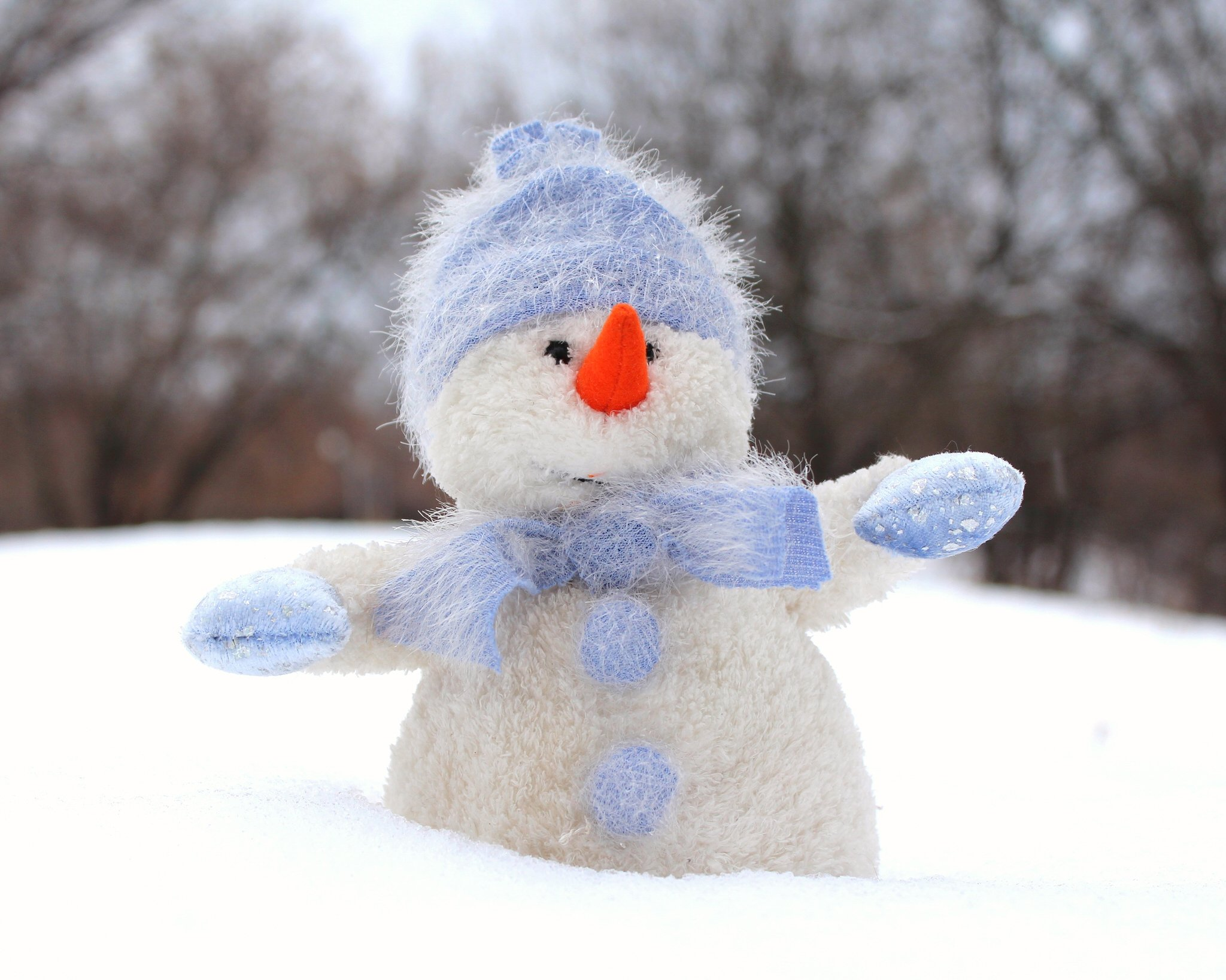 Alana Lee Photography: snowman before adding a snow overlay in photoshop