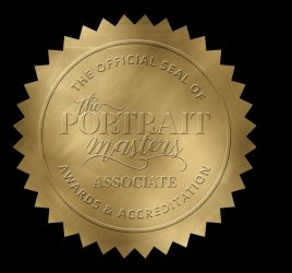 Gold seal for the Portrait Masters Awards and Accreditation program by Sue Bryce Education